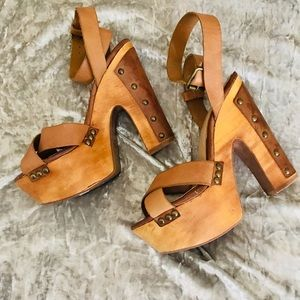 Western edge heels
